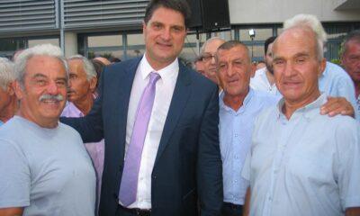 Λίφτινγκ στο γήπεδο του Αστέρα Βαλύραςεξήγγειλε ο δήμαρχος Γιώργος Αθανασόπουλος… 4