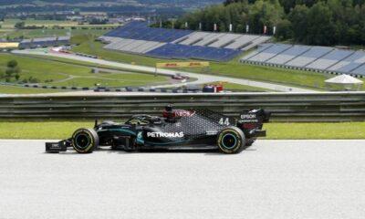 F1: Ξεκίνημα με 1-2 της Mercedes 12
