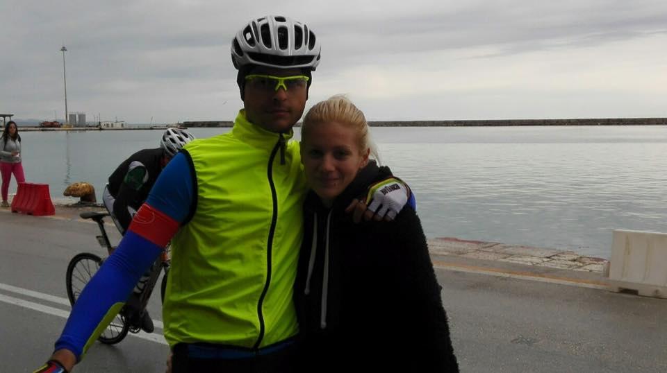 Από το ποδήλατο στην Εκκλησία ο Τάκης Δούσης!