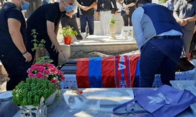 Φίλαθλος στην Βέροια ζήτησε να τον θάψουν με την σημαία της ομάδας! 8