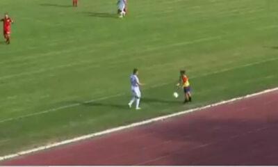 Το πιο YOLO ball boy στην ιστορία του ποδοσφαίρου (video)