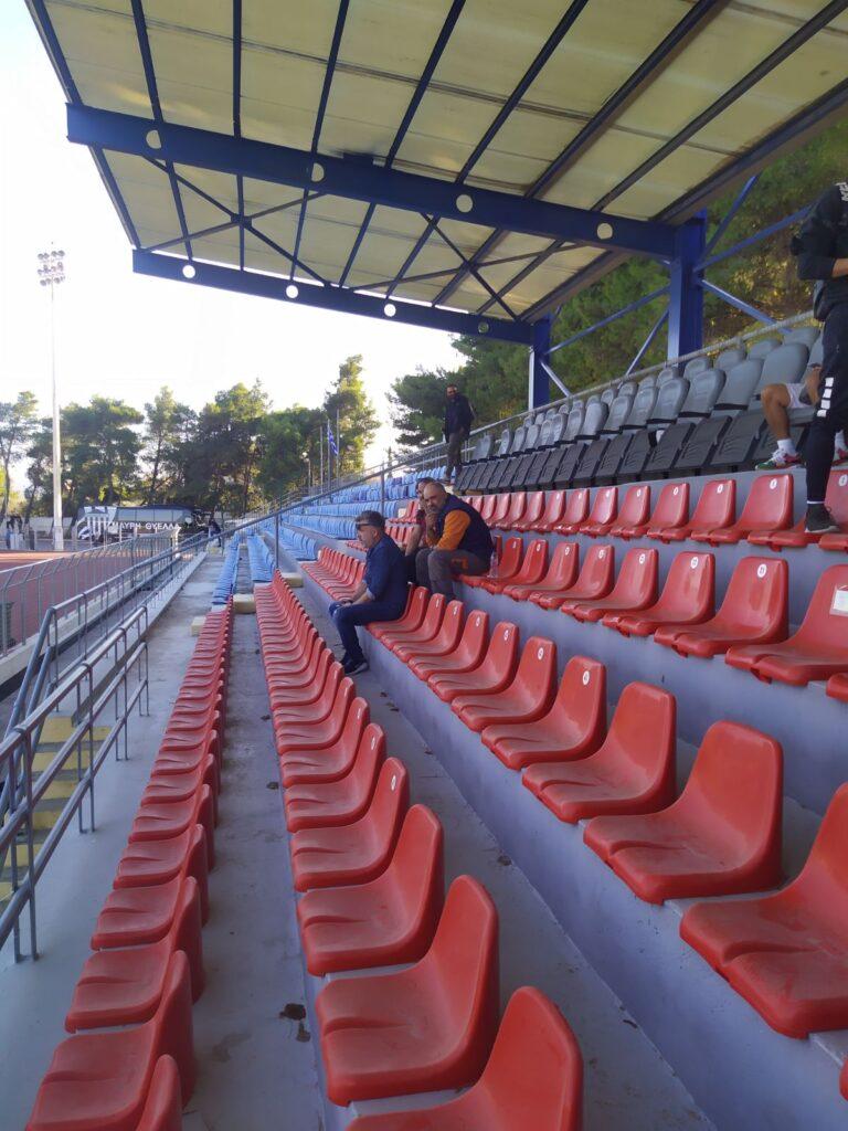 Παραλειπόμενα από Σπάτα: Γήπεδο χωράφι… (+pics)