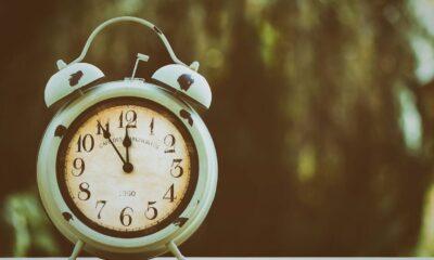 Αλλαγή ώρας 2020: Μην ξεχαστείτε! Από σήμερα, Κυριακή, γυρίζουμε τα ρολόγια μας μία ώρα πίσω