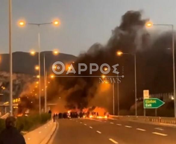 Σοβαρά επεισόδια στo Αρφαρά – Φωτιές από Ρομά, κλειστός ο δρόμος για Αθήνα (+pics)