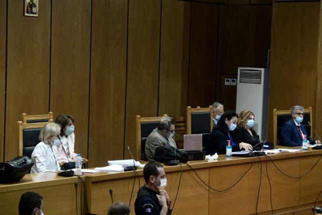 Χρυσή Αυγή : Αναστολή ποινών για όλους τους καταδικασθέντες πλην Ρουπακιά πρότεινε η εισαγγελέας