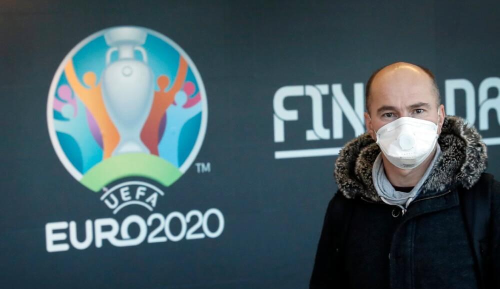 Ο κορωνοϊός, η αστεία UEFA και ένα Euro στον… αέρα