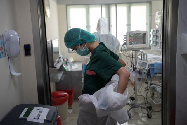 Κρούσματα σήμερα: 941 νέα ανακοίνωσε ο ΕΟΔΥ – 22 θάνατοι σε 24 ώρες,260 οι διασωληνωμένοι (+video)