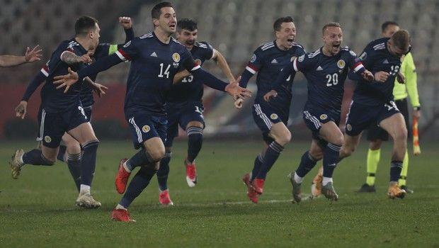 Playoffs Euro: Στα τελικά με θρίλερ Σκωτία, Ουγγαρία και Σλοβακία