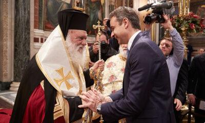 """Κορονοϊός: """"Κωλοτούμπα"""" Μητσοτάκη (και) στους παπάδες για τις εκκλησίες! 4"""
