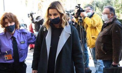 """Η Μπεκατώρου κατέθεσε για3 ώρες στον εισαγγελέα: """"Να μην φοβόμαστε"""" (+videos)"""