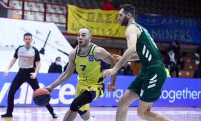 Το μπασκετικό πρόγραμμα της ημέρας: Λαύριο – Κολοσσός και Μεσολόγγι – Περιστέρι για την Stoiximan Basket League