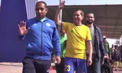 Εζελντίν Μπαχαντέρ: Είναι 75 ετών, παίζει ακόμα ποδόσφαιρο και είναι επιθετικός (+video)