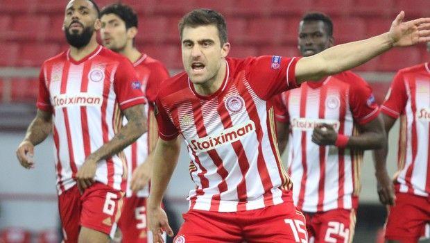 """Παπασταθόπουλος: """"Αισθανόμαστε φαβορί, αλλά μένει ένα ματς"""" (+video)"""