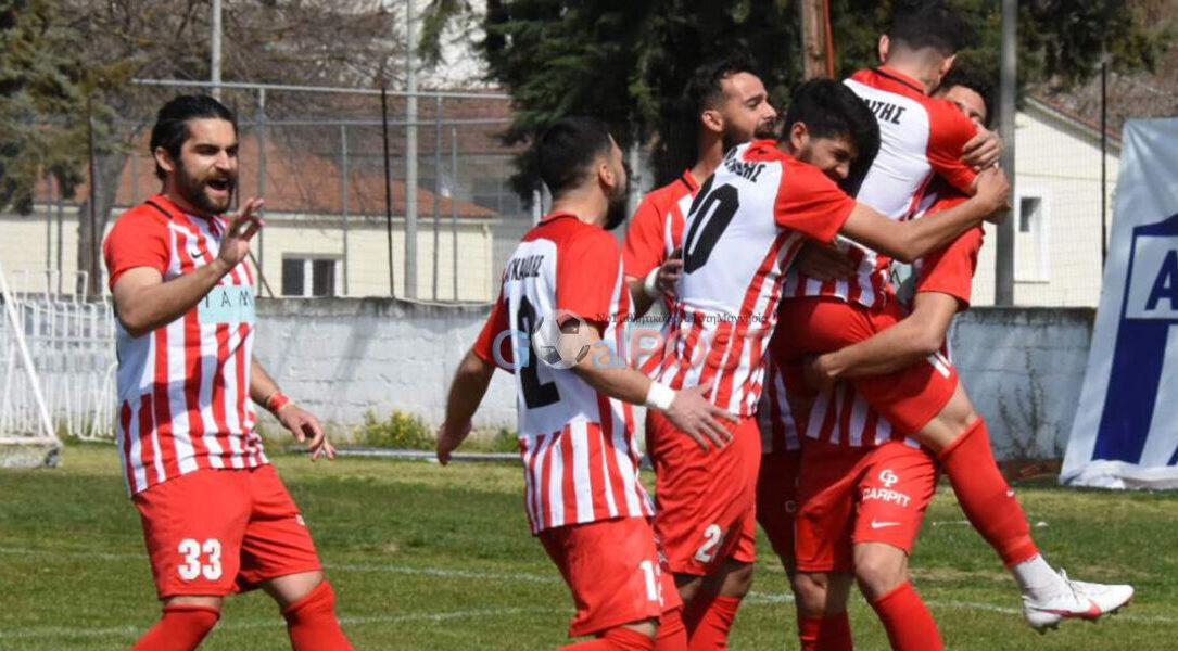 Football League Βορράς: Επικράτησαν τα φαβορί