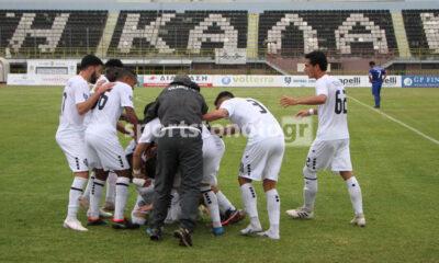 Καλαμάτα - Σαντορίνη 1-0: Λύτρωση με Ηλιόπουλο στο 94' 1