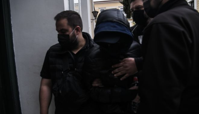 Στη φυλακή ο Μένιος Φουρθιώτης (+videos)