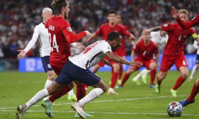 Η Αγγλία προκρίθηκε με ένα σκάνδαλο που όμοιό του δεν έχουμε δει ξανά (pic-video)