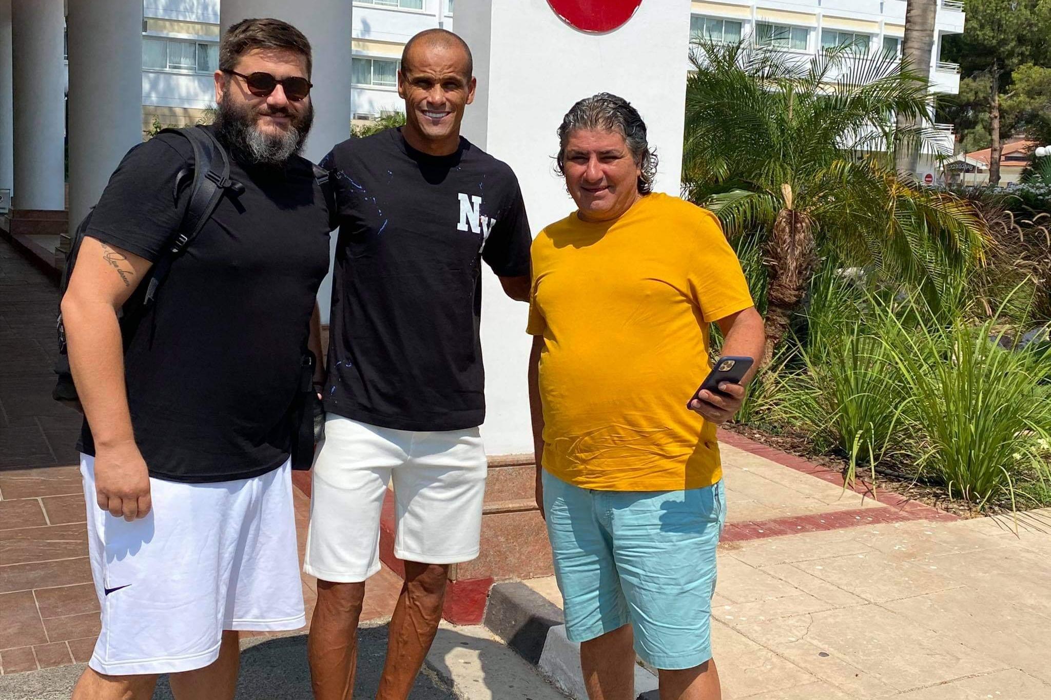 Στην Κύπρο με Ριβάλντο ο Τσιμπανάκος