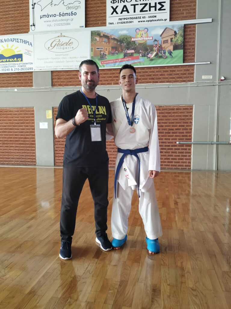 Χάλκινο μετάλλιο, στο Πανελλήνιο Πρωτάθλημα Καράτε, ο Χασανάκος
