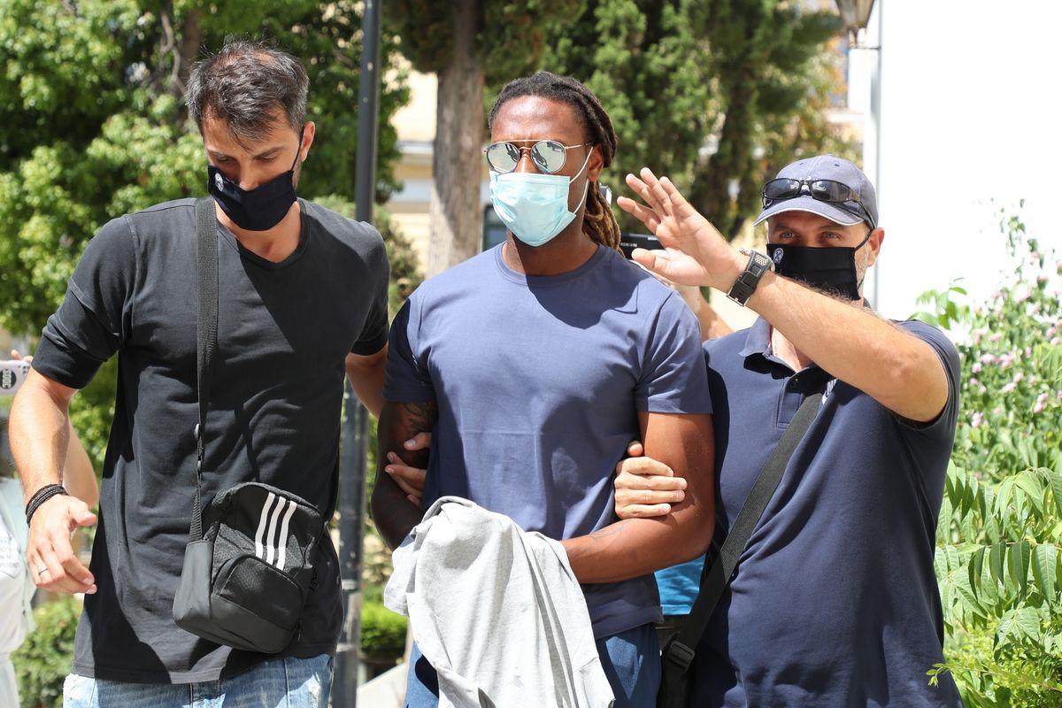 Ρούμπεν Σεμέδο: Στον ανακριτή ο Πορτογάλος, πήρε προθεσμία, κατηγορείται για ομαδικό βιασμό (+pic-videos)