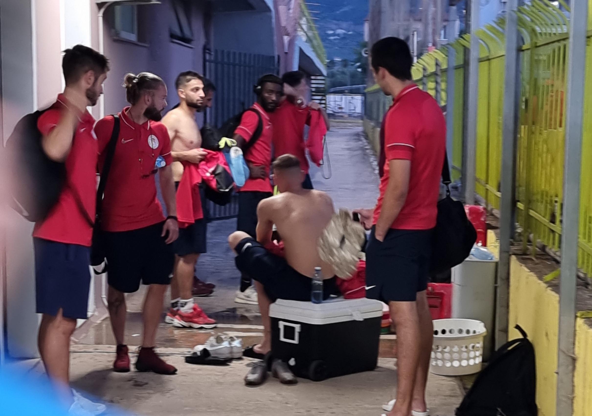 Έκτακτο: Στο νοσοκομείο Καλαμάτας ο Σκοπελίτης του Ολυμπιακού Βόλου (+pics)